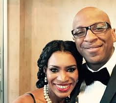 DONNIE MCCLURKIN AND NICOLLE C MULLEN NOT GETTING MARRIED.