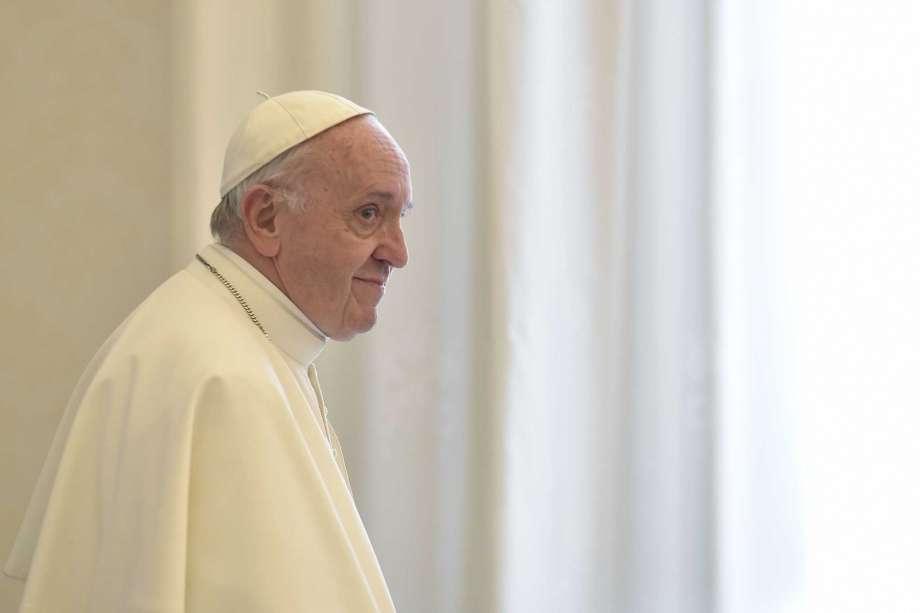 Pope Francis warns against 'conversing' with Satan!