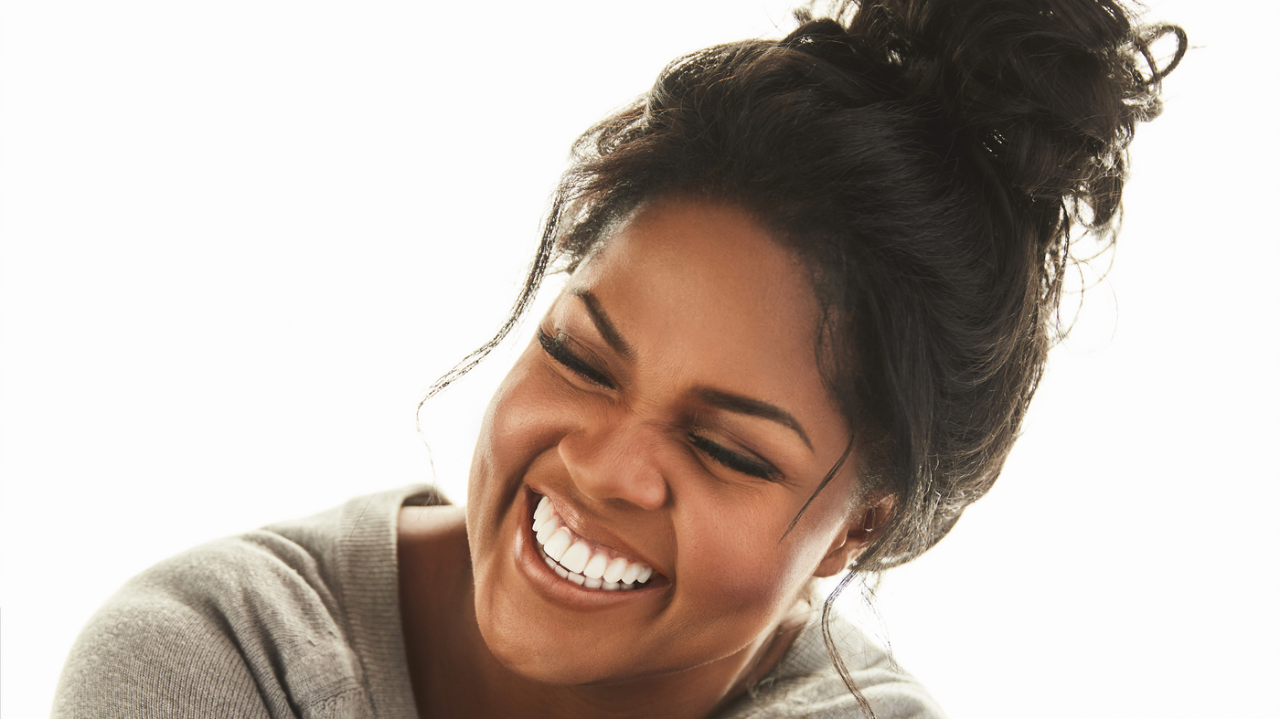 CeCe Winans is encouraging people to spread love and hope during the global coronavirus pandemic.