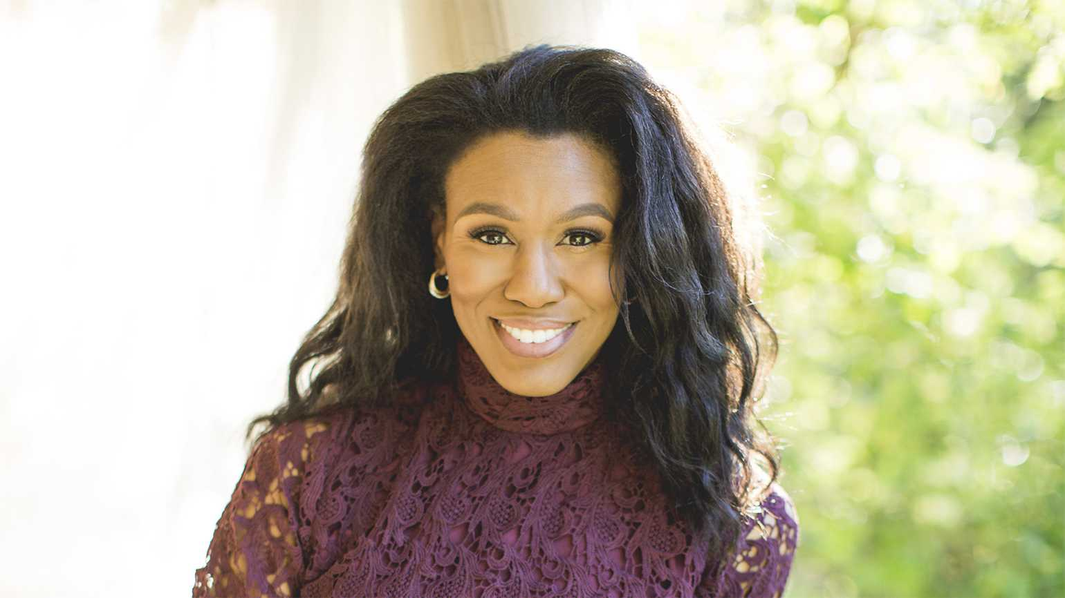 Priscilla Shirer Now Home After Major Lung Surgery